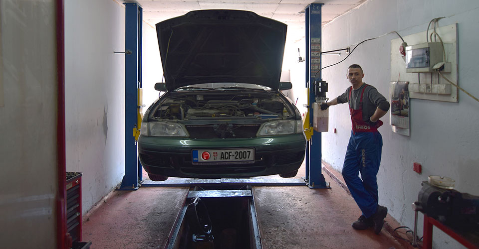 auto-centar-forma-beograd-oglas-za-posao-automehanicar-konkurs-2017