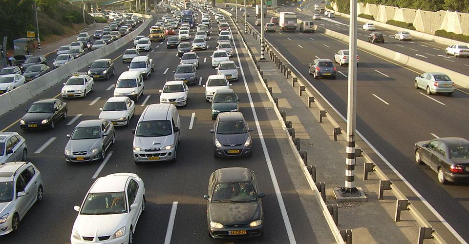 auto-centar-forma-beograd-japansko-korejska-vozila-guzva-na-putovanju